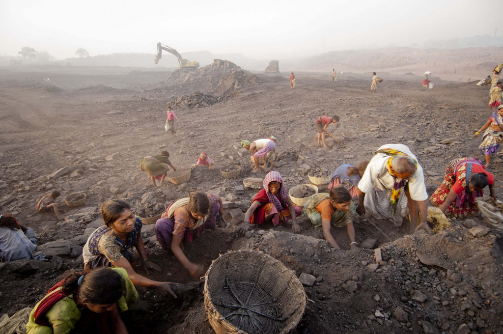 Daesung Lee: from the series Jharia: The Land of Coal Fire, 2010. Courtesy of the artist.