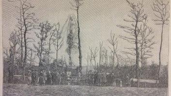 The apparition (engraving from a photograph of Jules Leprunier). From Gaston Méry, La voyante de la rue de Paradis et les apparitions de Tilly-sur-Seulles - quatrième fascicule (Paris, 1896), 225.